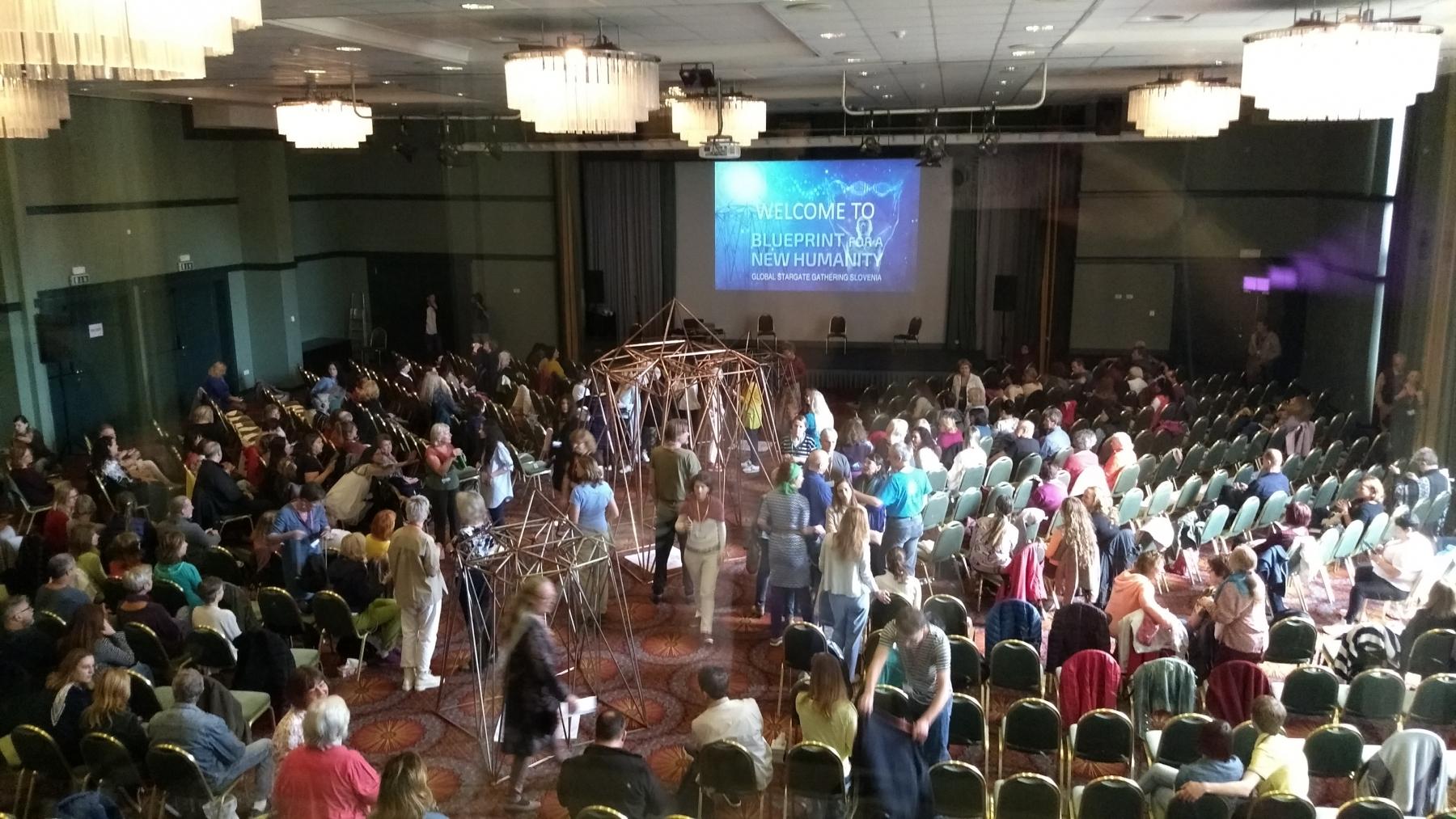 A Konferencia terem  - a tolmácsfülkéből